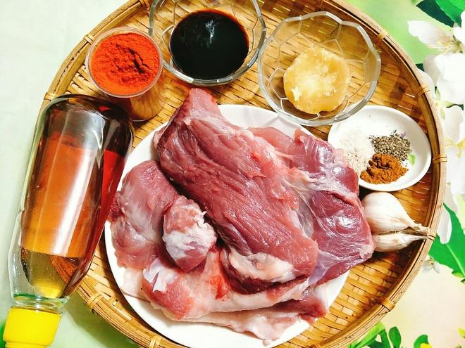 nguyên liệu làm thịt lợn xá xíu
