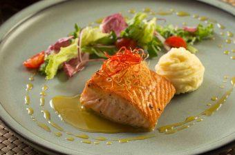 Cá hồi nấu món gì? 10 cách chế biến cá hồi Dễ mà Cực Ngon
