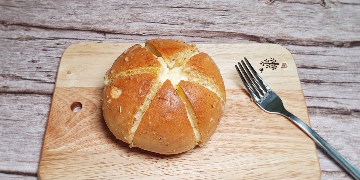 cách làm bánh mì bơ tỏi phô mai