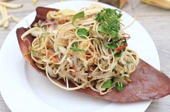 Cách làm gỏi gà bắp chuối Giòn Ngon chống ngán bữa cơm hè