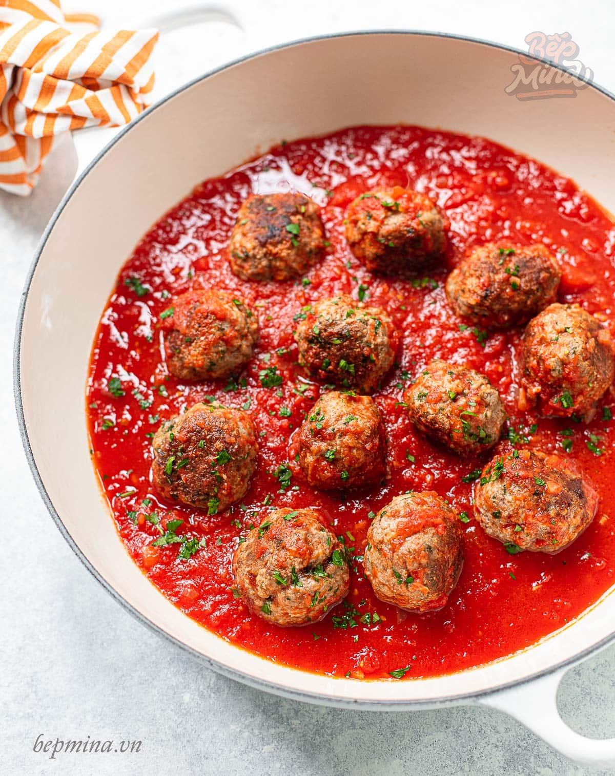 cách làm thịt viên sốt cà chua