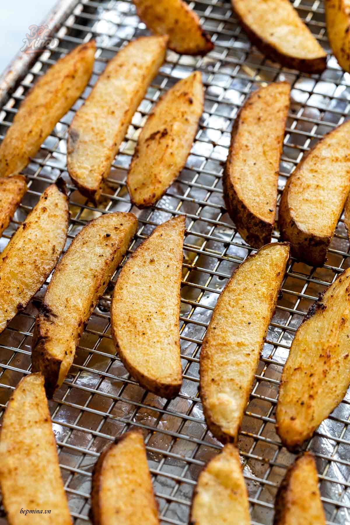 chiên khoai tây bằng lò nướng