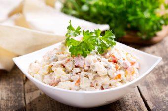 Cách Làm Salad Nga Đúng Kiểu Vừa Ngon Vừa Healthy