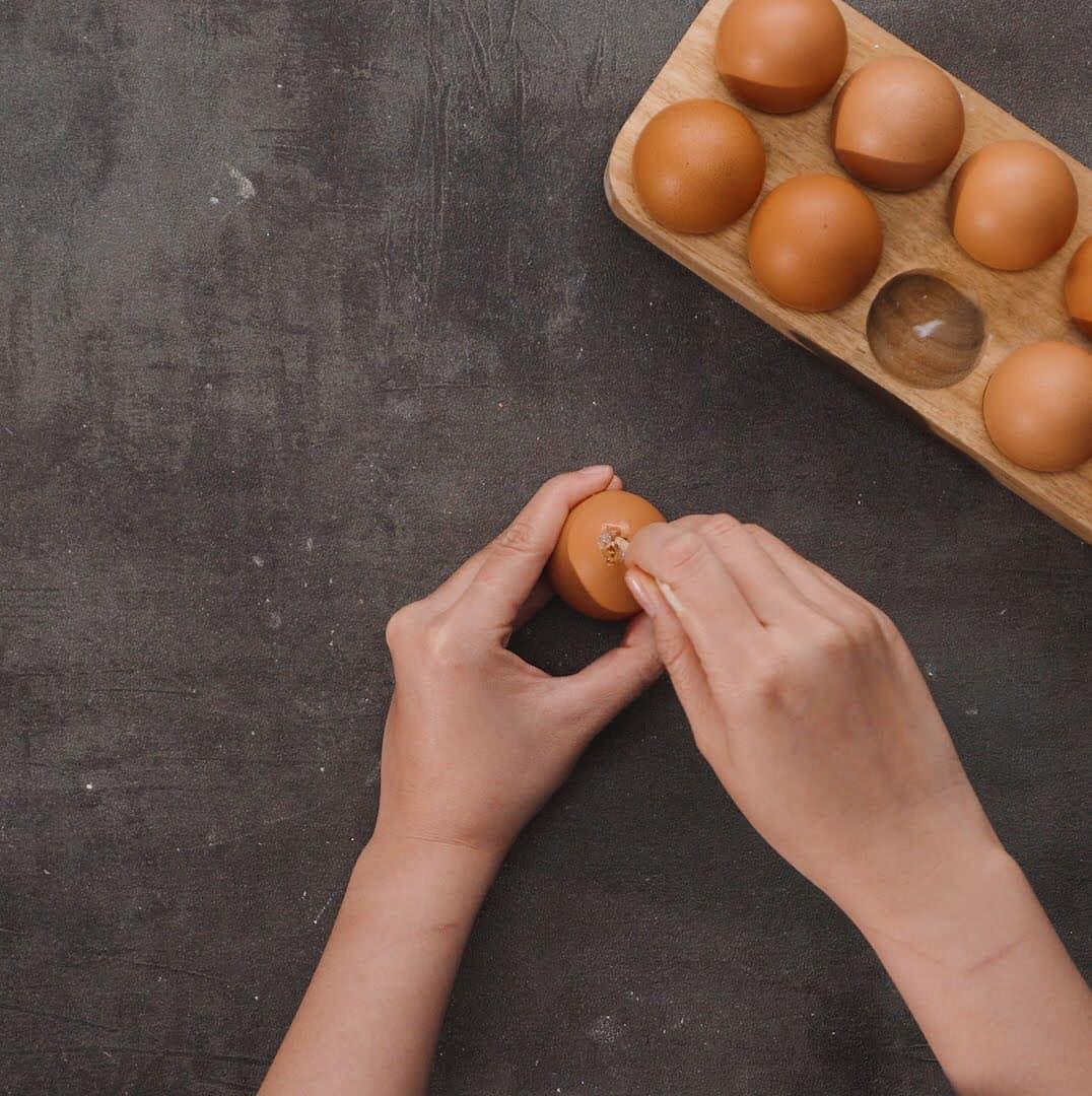 tách lòng trứng