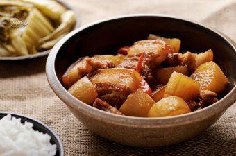 Cách làm thịt kho củ cải Mềm Ngon đậm đà vét sạch nồi cơm